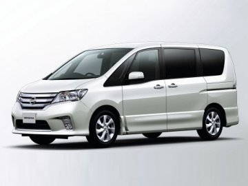 Nissan Serena 8 seats car hire in Laranca